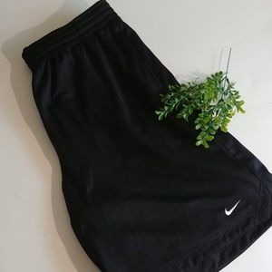 Nike  Short For Men.  Black.  Size XL